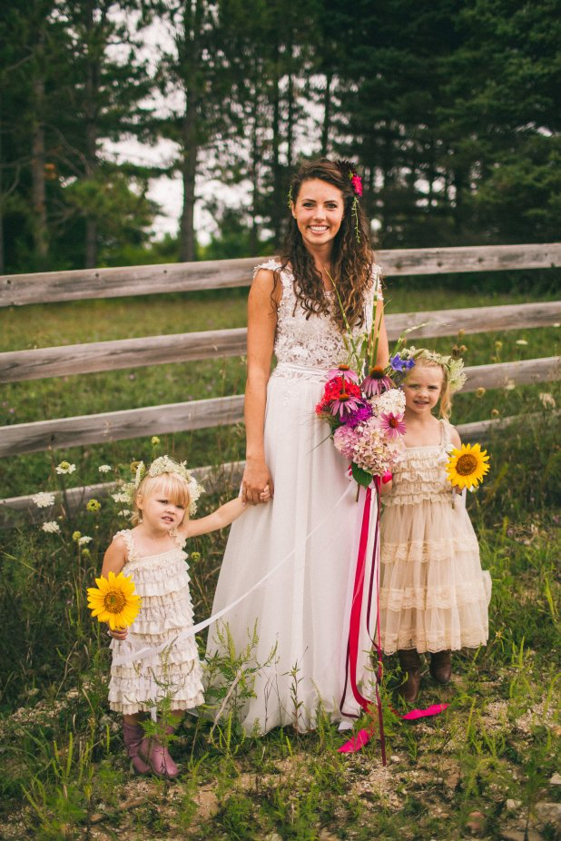 Flower Girls wearing wild carrots or Queen Anne's Lace as a flower crown